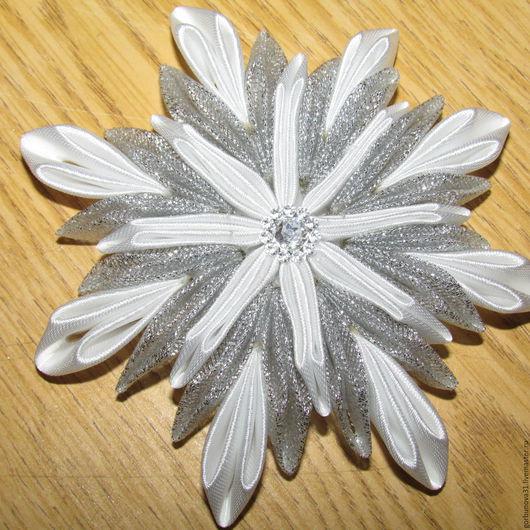 """Магниты ручной работы. Ярмарка Мастеров - ручная работа. Купить Магниты """"Снежинка"""". Handmade. Комбинированный, сувениры и подарки, ленты атласные"""