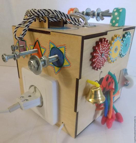 """Развивающие игрушки ручной работы. Ярмарка Мастеров - ручная работа. Купить Мини бизибокс """"Знайка"""". Handmade. Бизиборд, бизибокс"""