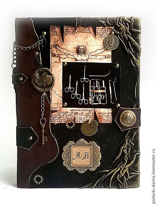Подарки для мужчин, ручной работы. Ярмарка Мастеров - ручная работа. Купить Ежедневник мужской кожаный именной для хирурга натуральная кожа. Handmade.