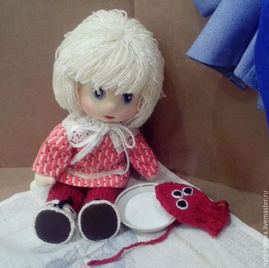 Человечки ручной работы. Ярмарка Мастеров - ручная работа. Купить Игровая кукла с собачкой-«варежкой». Handmade. Подарок на день рождения