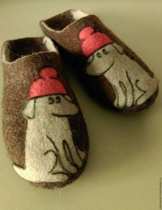 """Обувь ручной работы. Ярмарка Мастеров - ручная работа. Купить Тапочки валяные """"Лучший друг"""". Handmade. Коричневый, тапочки валяные"""