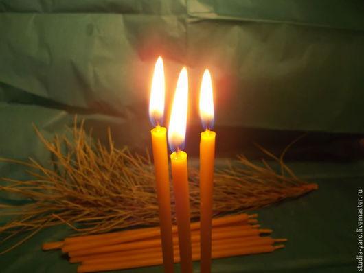 Полынь - восковая свеча с вытяжками полыни и смолками. Назначение; восстановление, защита, поддержание природных вибраций.  Обережная мастерская