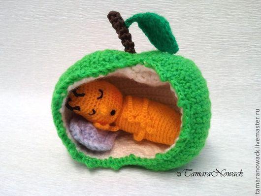 """Вязание ручной работы. Ярмарка Мастеров - ручная работа. Купить Мастер-класс, описание """"Червячок в яблоке"""" (вязание крючком). Handmade."""