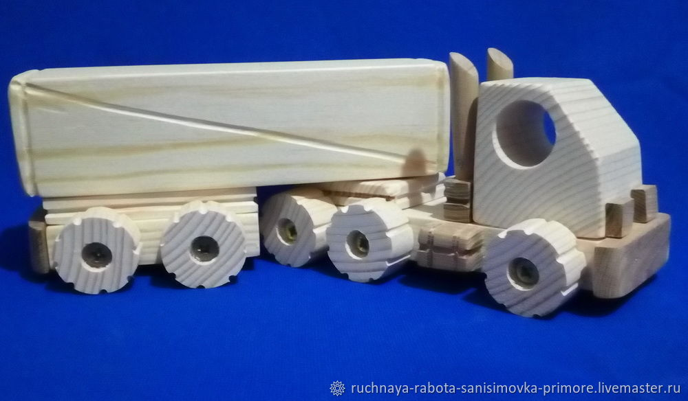 Камаз с фургоном, Техника роботы транспорт, Владивосток,  Фото №1