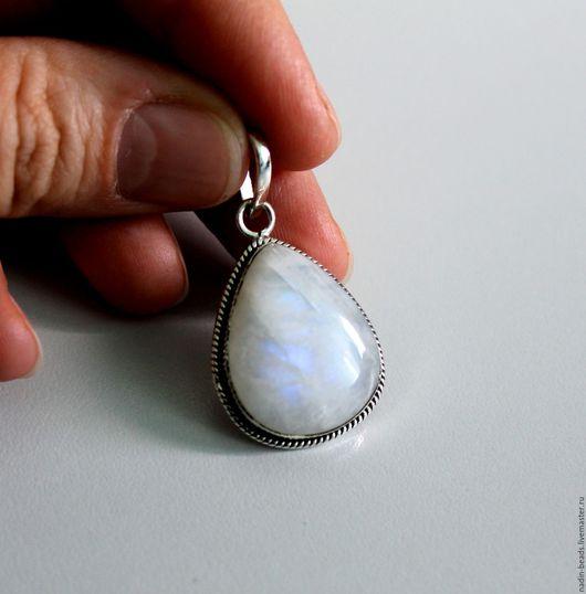 Для украшений ручной работы. Ярмарка Мастеров - ручная работа. Купить Кулон с лунным камнем, серебро 925. Handmade. Белый