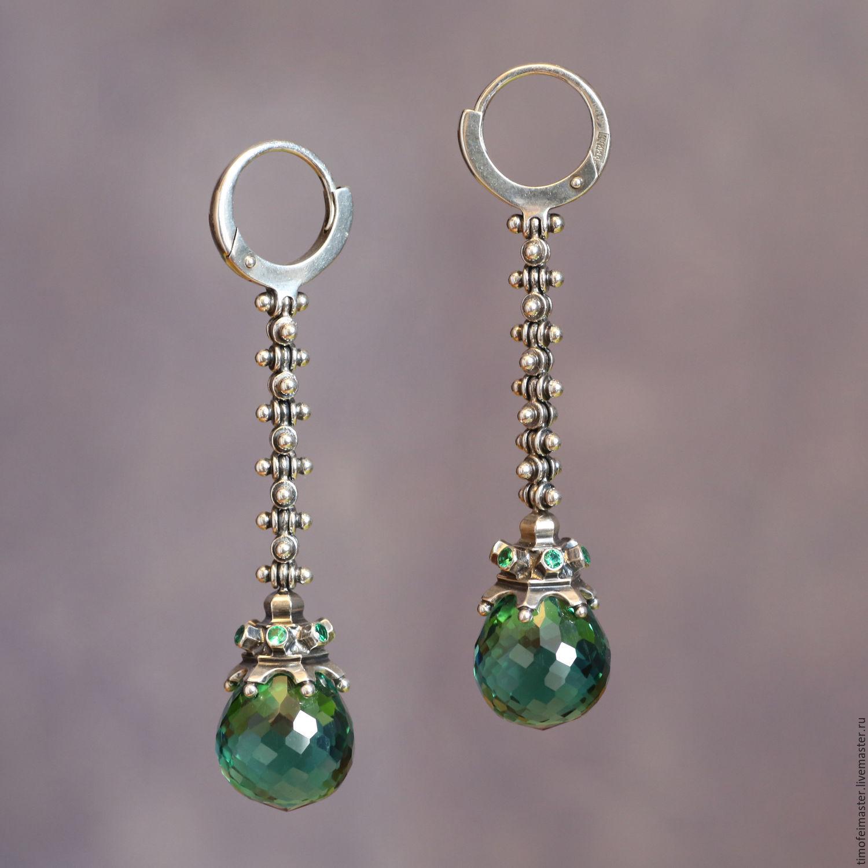 Авторские серебряные серьги ручной работы с натуральными зелеными кварцами.