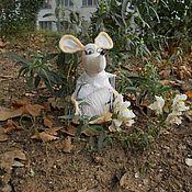 Куклы и игрушки ручной работы. Ярмарка Мастеров - ручная работа Мышь. Белая. Текстильная игрушка.. Handmade.