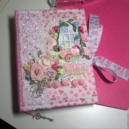 Персональные подарки ручной работы. Ярмарка Мастеров - ручная работа. Купить блокнотик, скетчбук, секретный дневник для молодой леди. Handmade.
