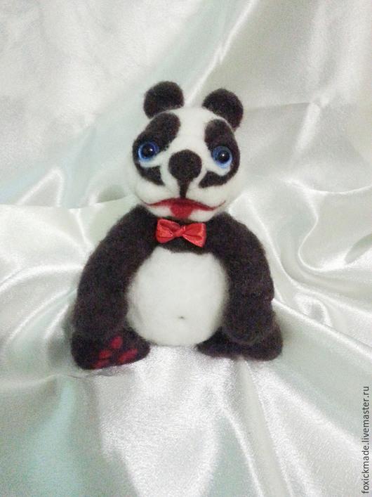 """Игрушки животные, ручной работы. Ярмарка Мастеров - ручная работа. Купить Панда """"Арнольд"""". Handmade. Чёрно-белый, интерьерная игрушка"""
