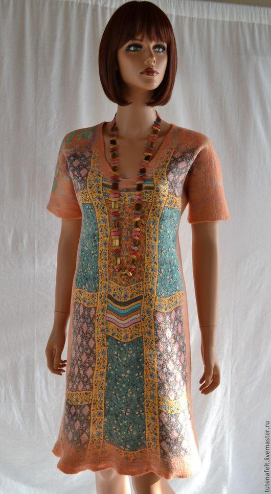 """Платья ручной работы. Ярмарка Мастеров - ручная работа. Купить Платье  валяное теплое на шелке """" Цвет персика   """". Handmade."""