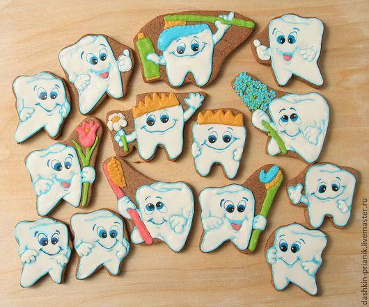 Набор пряничные зубов. Количество и вид пряничных зубиков может быть любым