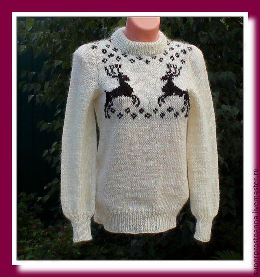 Кофты и свитера ручной работы. Ярмарка Мастеров - ручная работа. Купить вязаный свитер с оленями  свитер вязаный с козьим пухом. Handmade.