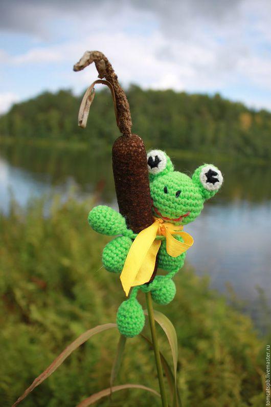 Игрушки животные, ручной работы. Ярмарка Мастеров - ручная работа. Купить Маленький зеленый лягушонок крючком. Handmade. Ярко-зелёный