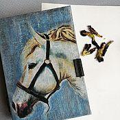 Блокноты ручной работы. Ярмарка Мастеров - ручная работа Мужской блокнот Белый конь. Handmade.