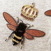 Аппликации ручной работы. Ярмарка Мастеров - ручная работа Пчелка и Корона. Аппликация из вышивки и пайеток. Handmade.
