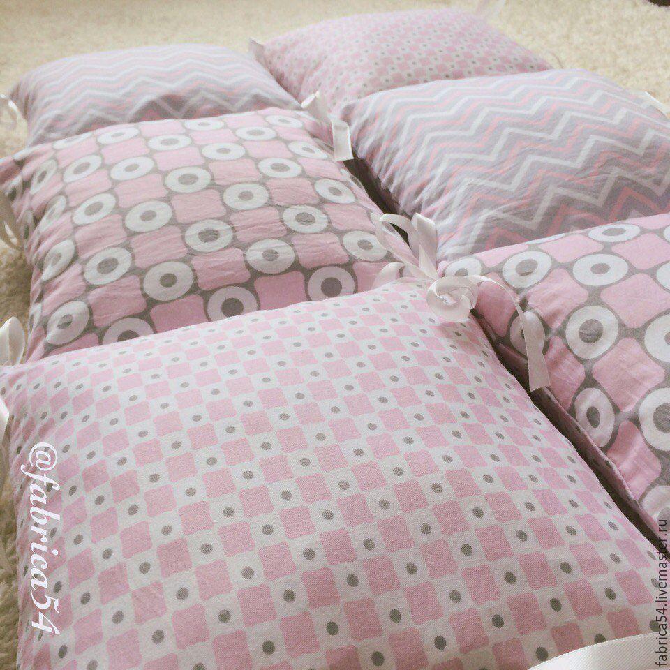 Бортик подушка для кровати