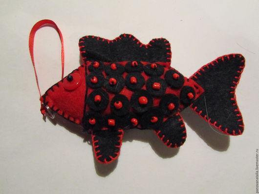 Миниатюра ручной работы. Ярмарка Мастеров - ручная работа. Купить Рыбки из фетра. Handmade. Комбинированный, бусины