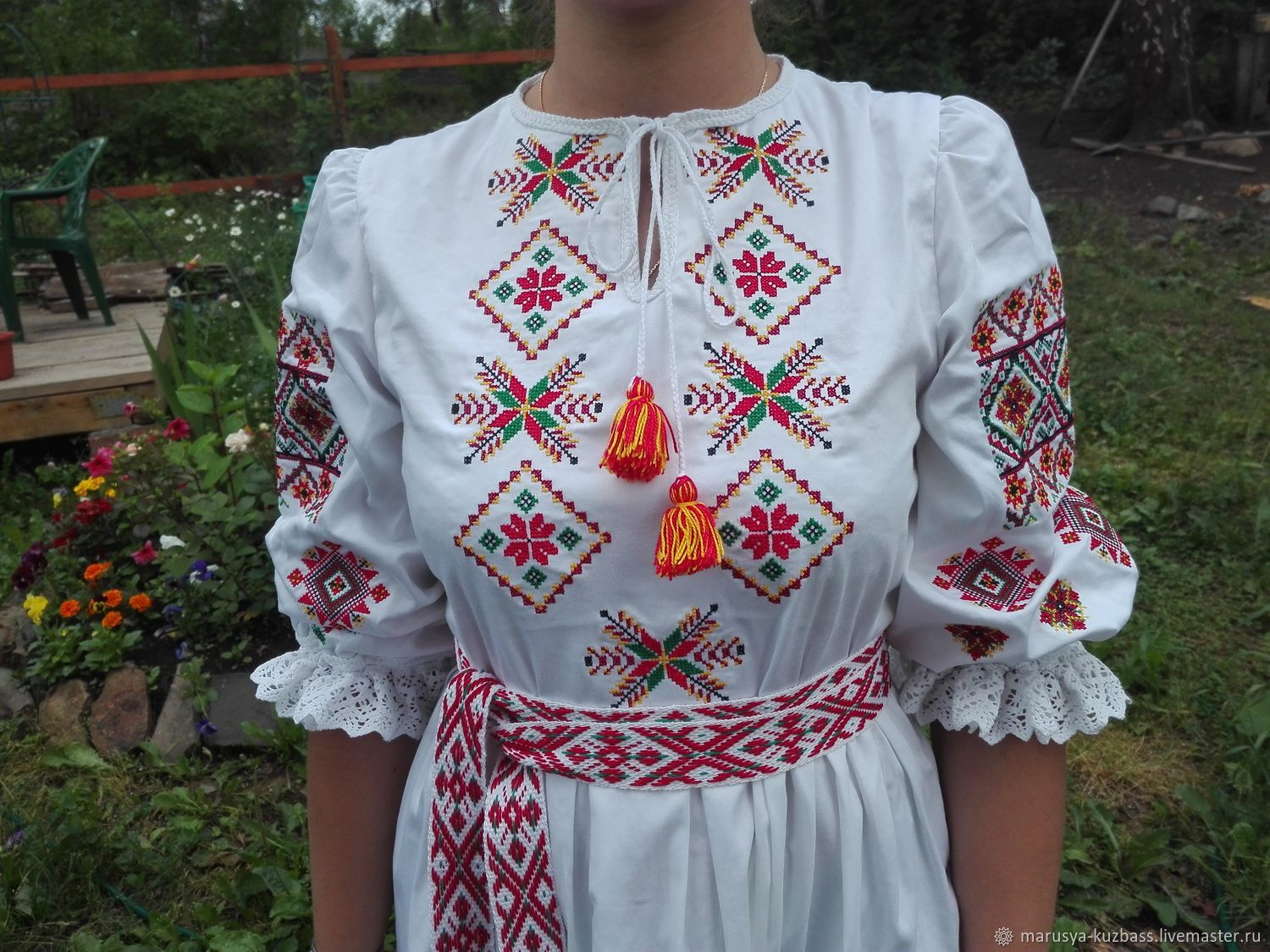 Women's shirt with embroidery. Embroidery scene, People\\\'s shirts, Kemerovo,  Фото №1