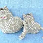 Куклы и игрушки ручной работы. Ярмарка Мастеров - ручная работа Коты сердечные (пара). Handmade.