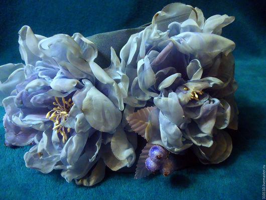 подхват для штор из плотной портьерной ткани.Цветы ручной работы из шифона