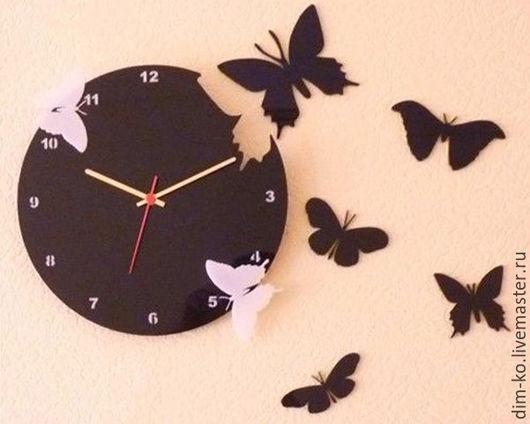 Часы для дома ручной работы. Ярмарка Мастеров - ручная работа. Купить Часы настенныеиз акрилового стекла  Бабочки. Handmade. Комбинированный
