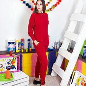 Одежда ручной работы. Ярмарка Мастеров - ручная работа Красный прогулочный вязаный костюм. Handmade.
