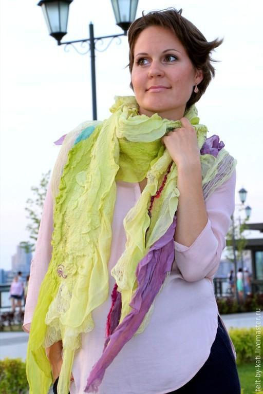 Шарфы и шарфики ручной работы. Ярмарка Мастеров - ручная работа. Купить Авторский  шелковый  шарф Lime juice. Handmade. Салатовый