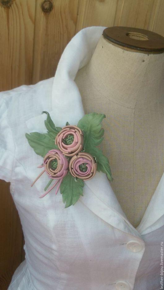 """Броши ручной работы. Ярмарка Мастеров - ручная работа. Купить """"Розовое Трио"""". Handmade. Бледно-розовый, брошь-цветок"""
