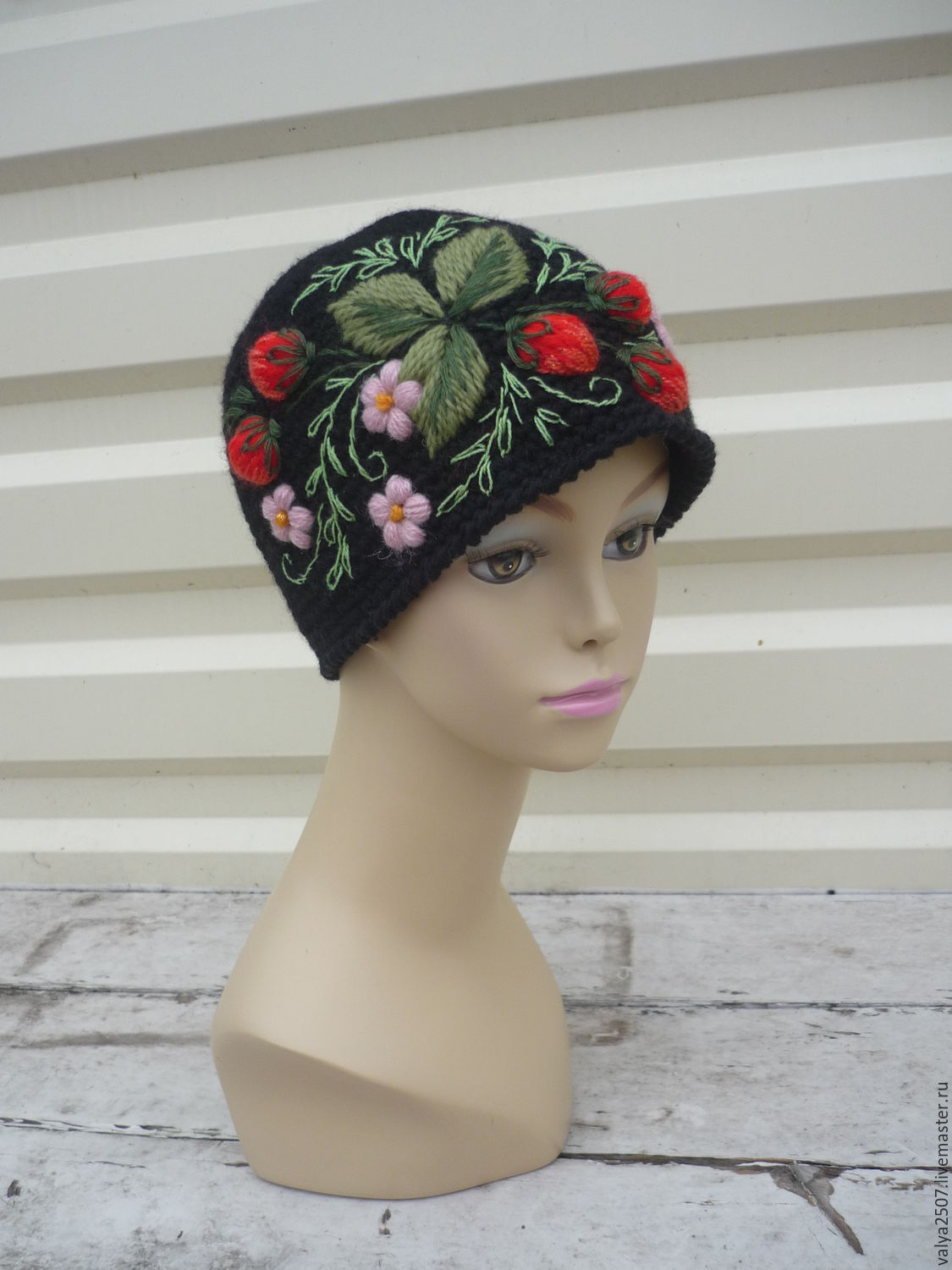 cap with embroidery, Caps, Gribanovsky,  Фото №1