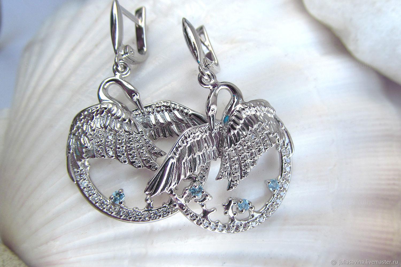 Серьги ручной работы. Ярмарка Мастеров - ручная работа. Купить Серьги серебряные Белые Лебеди с голубыми топазами. Handmade. Серебро