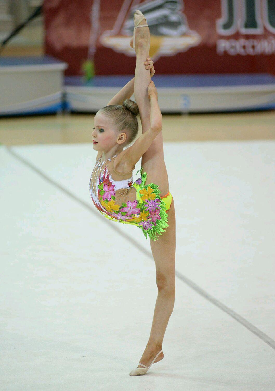 Фото гимнасток без купальников