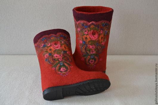 """Обувь ручной работы. Ярмарка Мастеров - ручная работа. Купить Валенки"""" Русский стиль""""-красные. Handmade. Ярко-красный, обувь"""