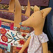 Работы для детей, ручной работы. Ярмарка Мастеров - ручная работа Детская лоскутная сумка Кума-лиса с игрушкой. Handmade.