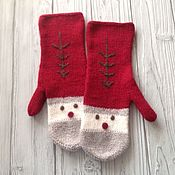 Аксессуары handmade. Livemaster - original item Mittens knitted Santa Claus. Handmade.