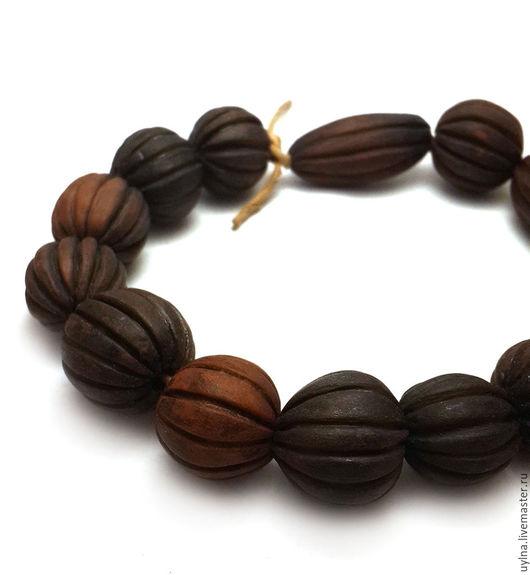 """Для украшений ручной работы. Ярмарка Мастеров - ручная работа. Купить """"Три орешка для белочки"""" Керамические бусины ручной работы. Handmade."""