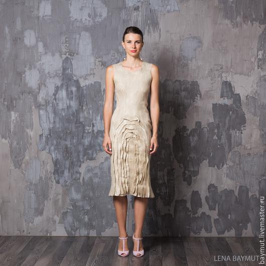 """Платья ручной работы. Ярмарка Мастеров - ручная работа. Купить Валяное платье футляр """"Shabby beige"""". Handmade. Валяное платье"""