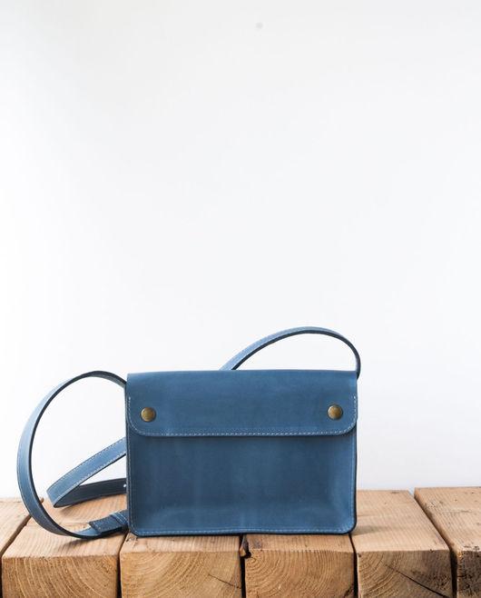 Женские сумки ручной работы. Ярмарка Мастеров - ручная работа. Купить Сумка Haley из кожи голубого цвета. Handmade. Однотонный