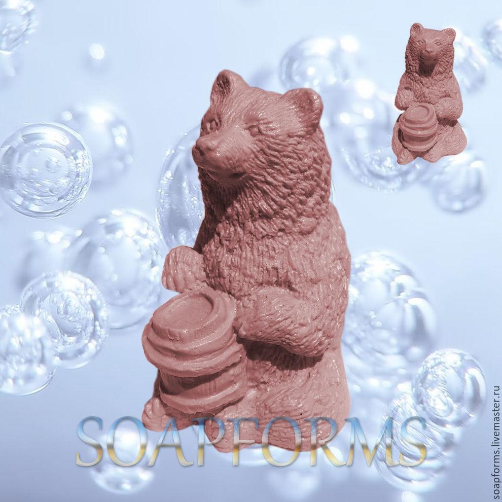 Силиконовая форма для мыла и свечей `Медведь с медом` 3D