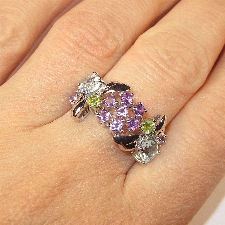 Серьги, кулон, кольцо с самоцветами серебряные – купить в интернет ... 2dc9026472f