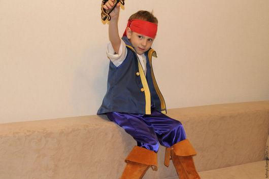 Детские карнавальные костюмы ручной работы. Ярмарка Мастеров - ручная работа. Купить Пират Нетландии. Handmade. Тёмно-синий, аьлас