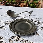 Винтажная кухонная утварь ручной работы. Ярмарка Мастеров - ручная работа Старинный оловянный набор тарелка с ложкой. Handmade.