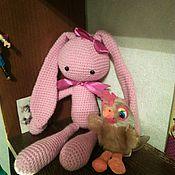 Мягкие игрушки ручной работы. Ярмарка Мастеров - ручная работа Розовый вязаный зайчик. Handmade.
