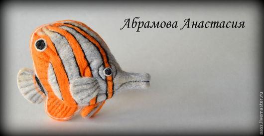 """Броши ручной работы. Ярмарка Мастеров - ручная работа. Купить Брошь """"Рыбка"""". Handmade. Оранжевый, рыба, подарок, подарок женщине"""