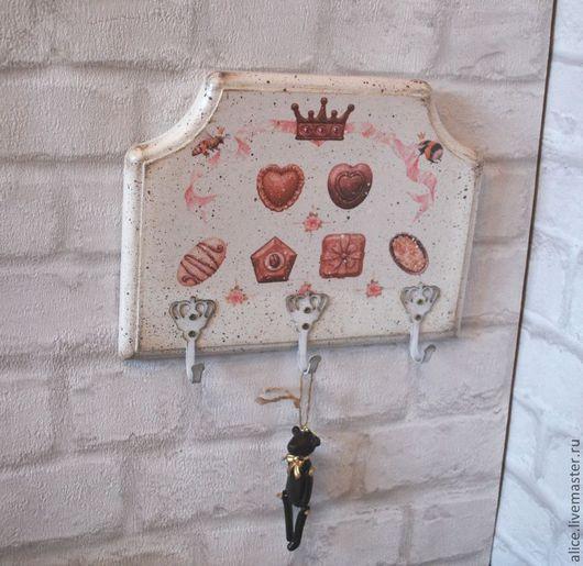 """Кухня ручной работы. Ярмарка Мастеров - ручная работа. Купить """"Королевский шоколад"""" вешалка. Handmade. Белый, вешалка для кухни"""