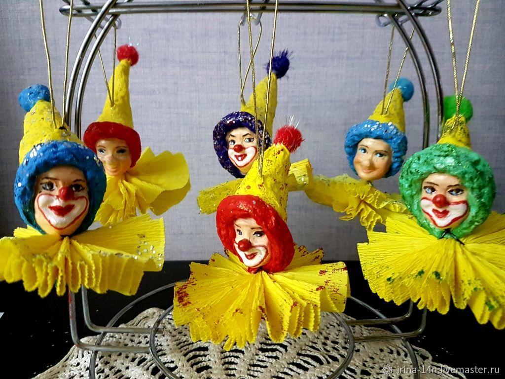 Funny clowns, snowflakes, Christmas decorations, Yaroslavl,  Фото №1