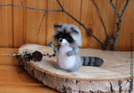 Игрушки животные, ручной работы. Ярмарка Мастеров - ручная работа. Купить Крошка Енот. Handmade. Серый, еноты, игрушка в подарок