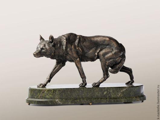 Статуэтки ручной работы. Ярмарка Мастеров - ручная работа. Купить Статуэтка Волк (бронзовая статуэтка волка, черный). Handmade. Бронза