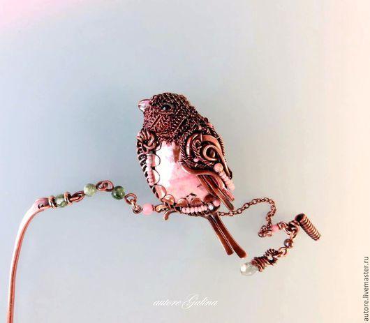 Броши ручной работы. Ярмарка Мастеров - ручная работа. Купить Снегирь  брошь. (розовый, пудровый,родонит). Handmade. Бледно-розовый