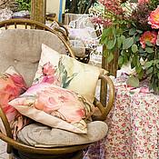 Для дома и интерьера ручной работы. Ярмарка Мастеров - ручная работа Декоративные подушки для оформления свадьбы, батик. Handmade.