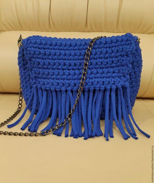 Стильный вязаный клатч-сумка Blue Cornflower от Malinka_Creations Вот так сумочка может выглядеть с бахромой